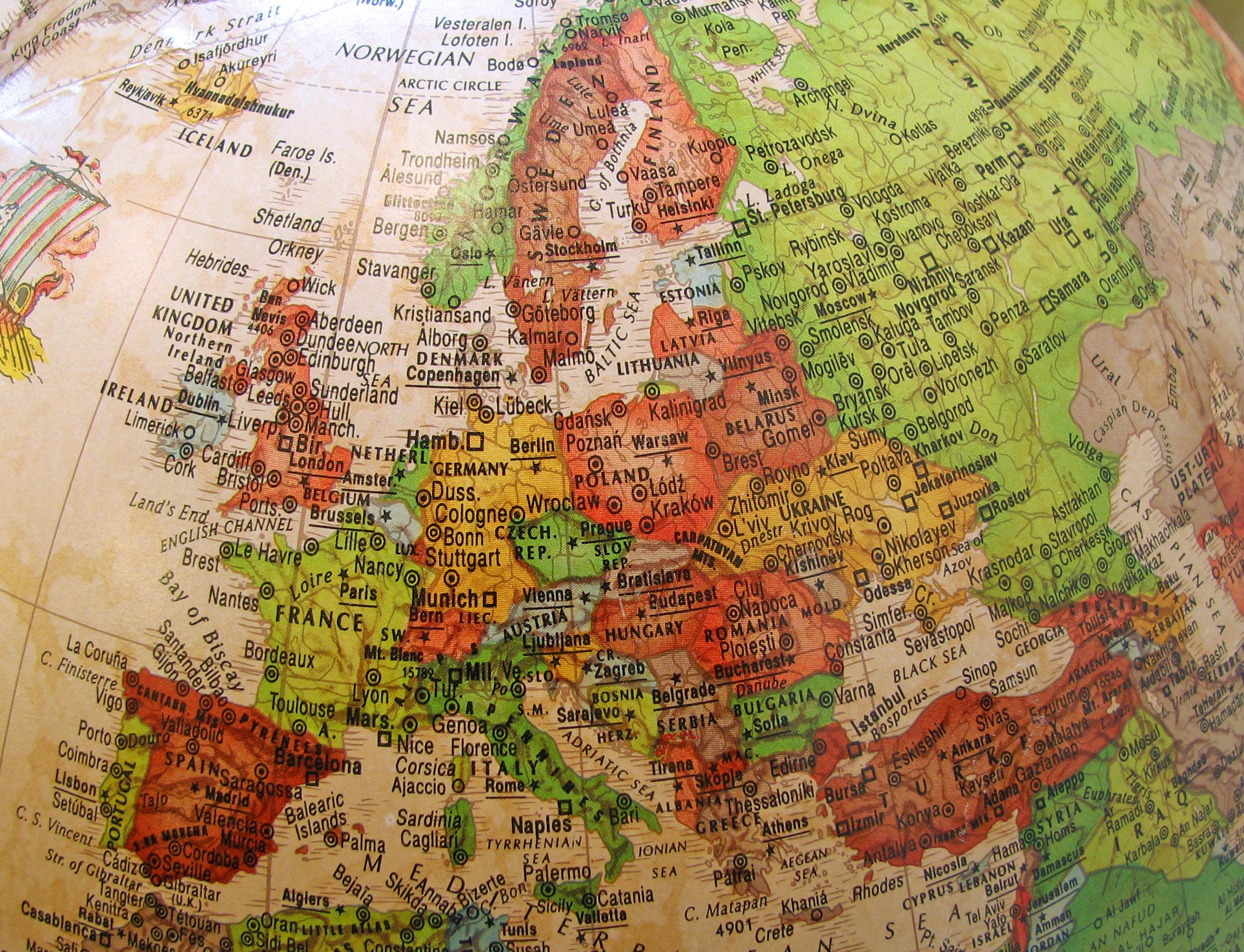 globe-europe-1309887