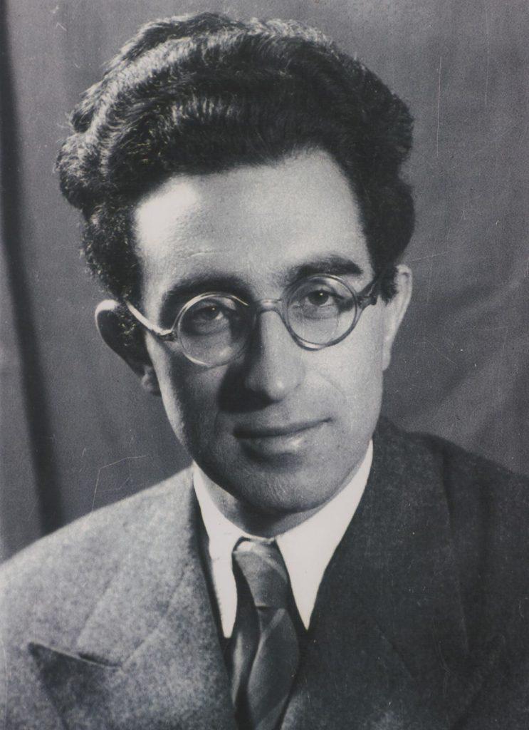 Stean_Kragujevic,_Jurij_Gustincic,_doajen_jugoslovenskog_novinarstva,_1950