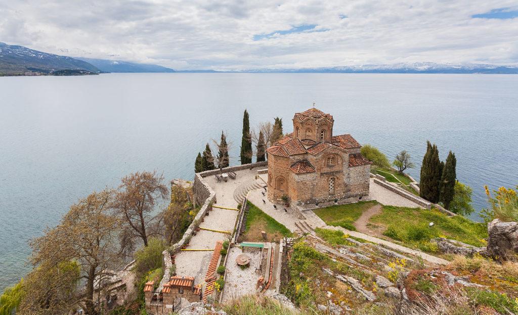 Iglesia_San_Juan_Kaneo,_Ohrid,_Macedonia,_2014-04-17,_DD_19