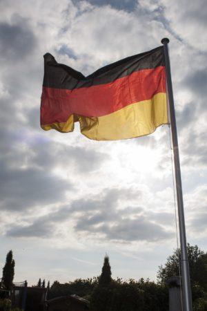 flag-3135022_1920