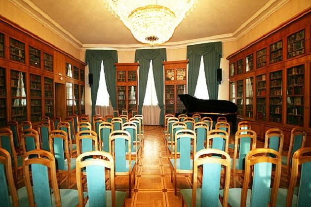 фото овального зала 2